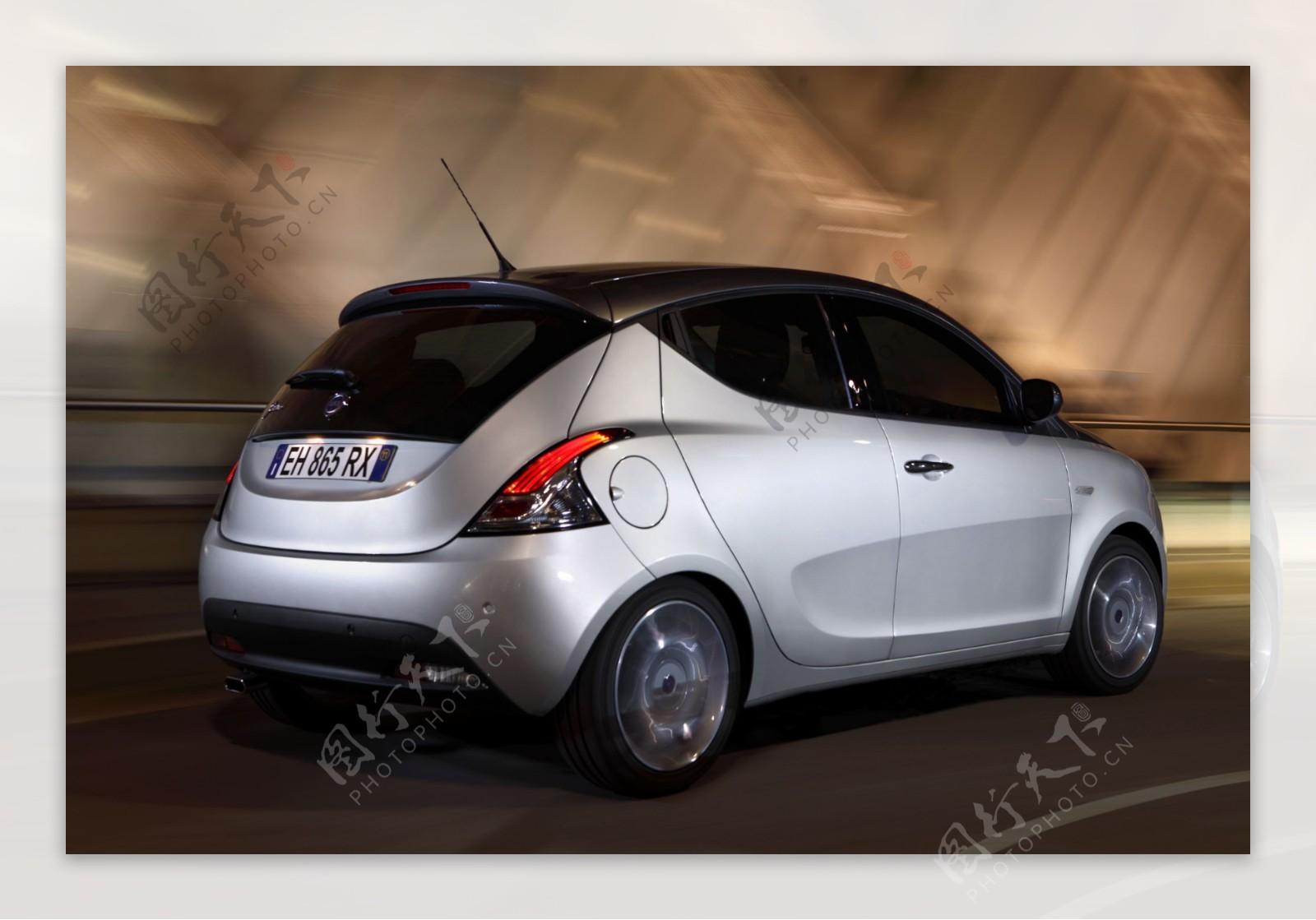 微型轿车图片